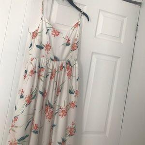 BB Dakota white and floral dress